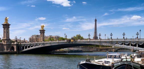 Organiser un événement festif unique sur Paris : le yacht sur la Seine