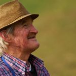 Maison de retraite : comment la choisir?